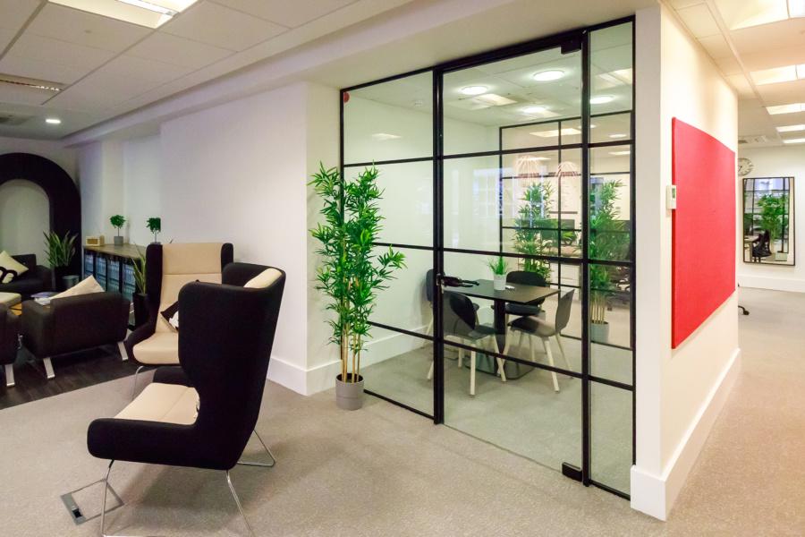 FleetMilne : meeting room
